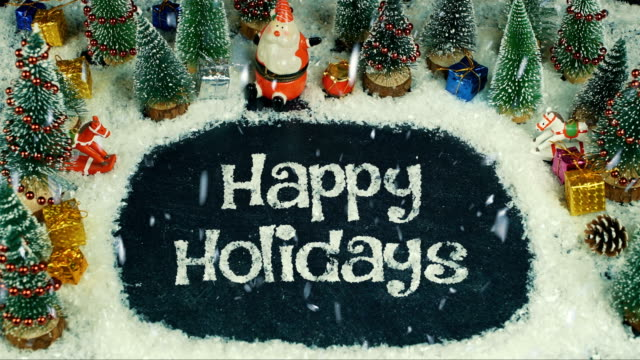 animazione stop motion di happy holidays - decorazione natalizia video stock e b–roll