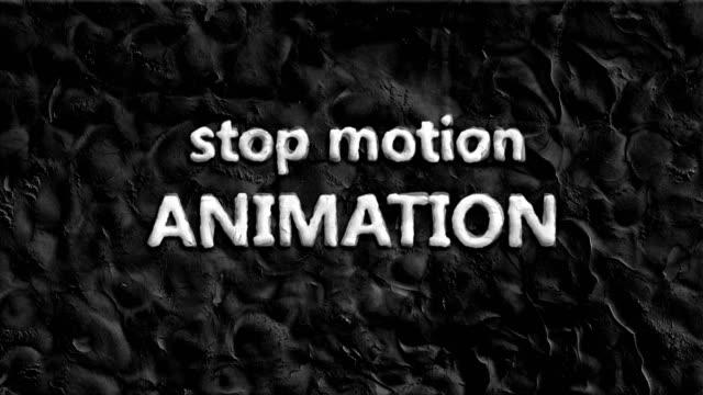 animazione in stop motion che mostra le parole. - sussex occidentale video stock e b–roll