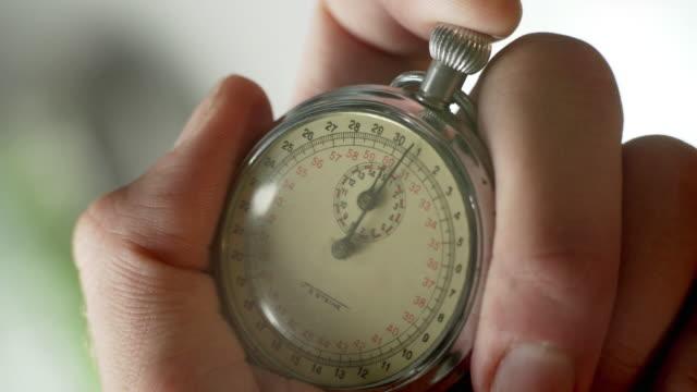 stopwatch - dokładność filmów i materiałów b-roll