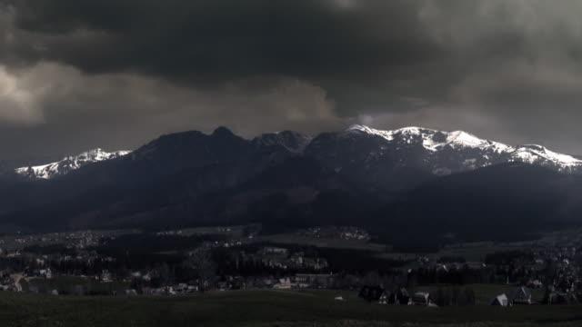 storm and lightning. thunderstorm in the tatra mountains. dramatic sky. - illavarslande bildbanksvideor och videomaterial från bakom kulisserna
