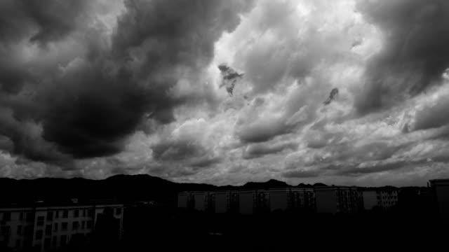 Storm cloudscap Black & white 4K DCI