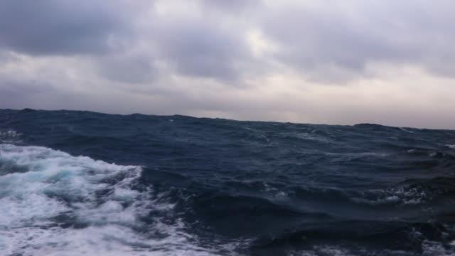 storm in the drake passage - antarktyda filmów i materiałów b-roll