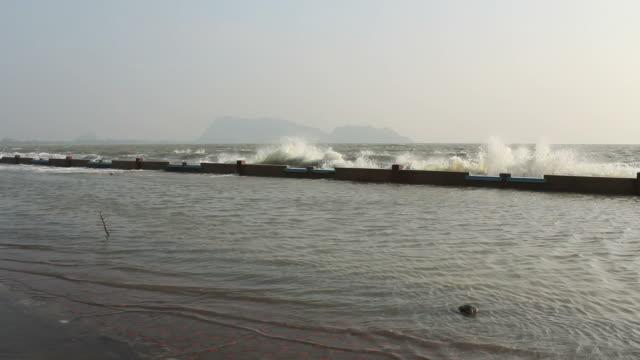 Storm wave video
