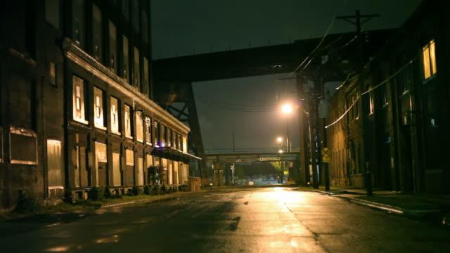 stormy night in st louis - 城市街道 個影片檔及 b 捲影像