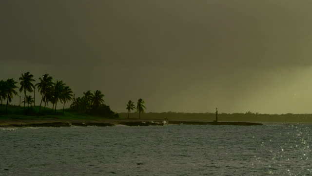 Stormy Weather, Cuba video