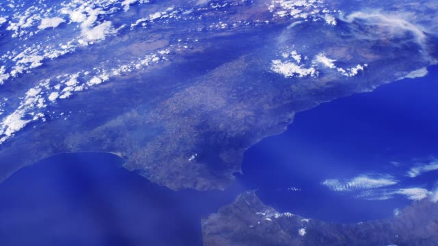 vídeos de stock e filmes b-roll de straits of gibraltar seen from space. - mapa portugal