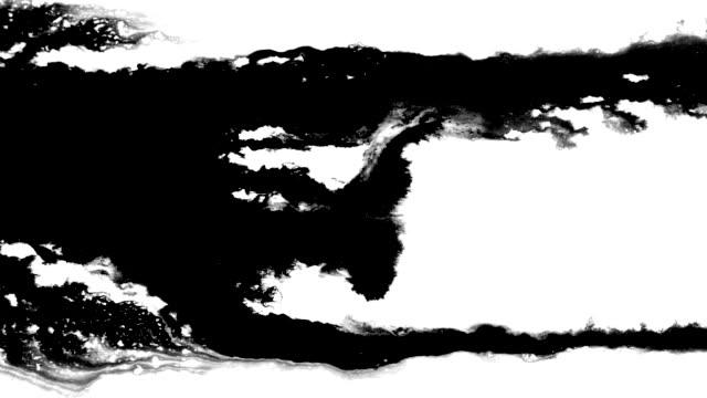 ストリームのインクのような表面の川を渡って流れる - インク点の映像素材/bロール