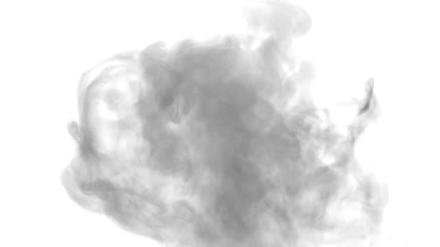 落ちて煙のストリーム。黒い煙 - 加湿器点の映像素材/bロール