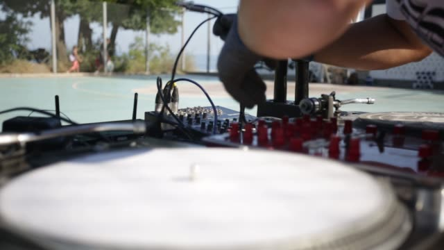 Street hip hop party