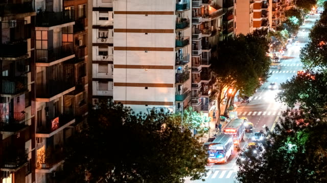street of buenos aires at night - palermo città video stock e b–roll