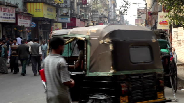 Street Scene in Kolkata (Calcutta), India video