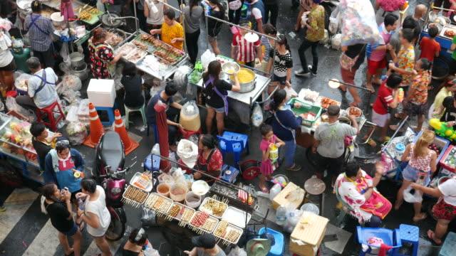 fornitori di strada a bangkok - video di bancarella video stock e b–roll