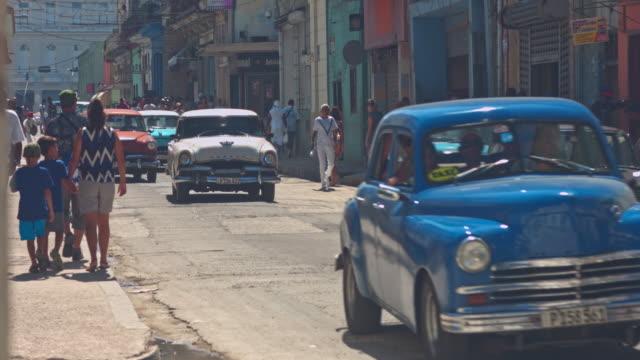 straßen von kuba - havanna stock-videos und b-roll-filmmaterial