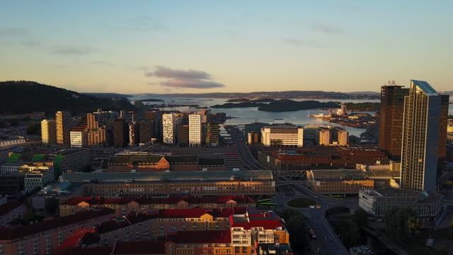 gator, trafik och byggnader i norge sett från ovan - norge bildbanksvideor och videomaterial från bakom kulisserna