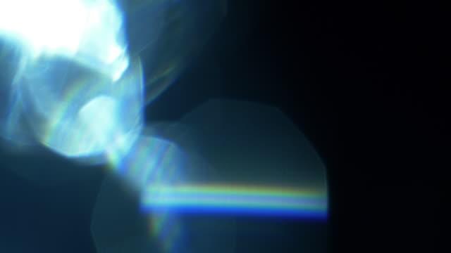 studio shot light leaks and lens flares - odbicie zjawisko świetlne filmów i materiałów b-roll