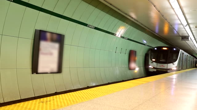 HD VDO :Subway in canada video