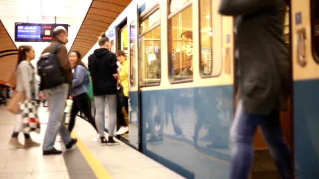 subway train in munich - munich train station bildbanksvideor och videomaterial från bakom kulisserna