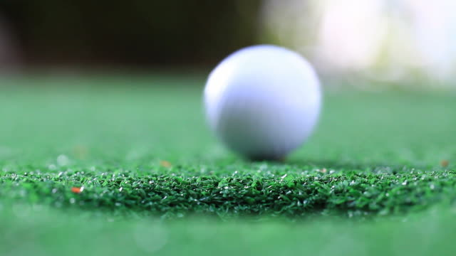 Success Golf Putting video