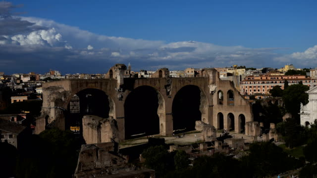 suggestive and beautiful view of rome, italy - rome road central view video stock e b–roll