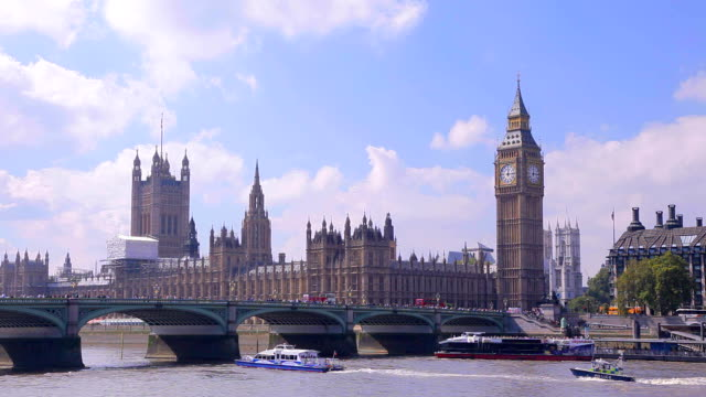Summer tiime in City of Westminster, London video