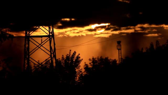 sun in the clouds and smoke - skog brand bildbanksvideor och videomaterial från bakom kulisserna