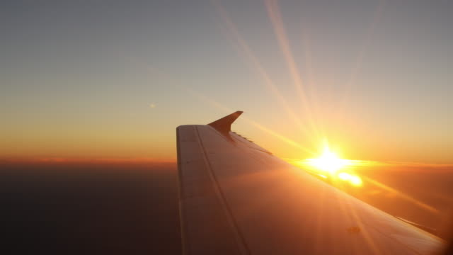 sunlight airplane wing video