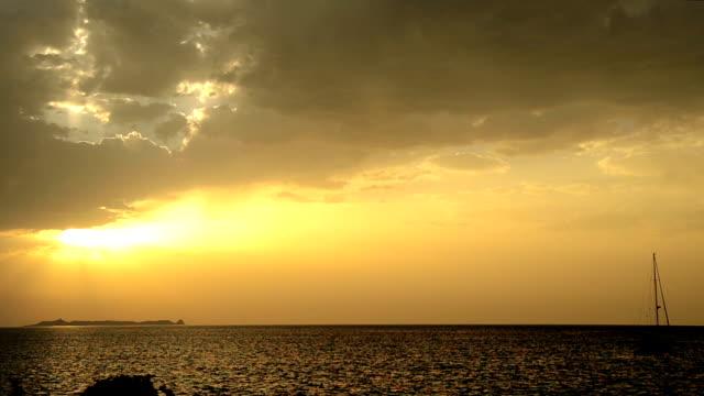 Sunrise and the sea video