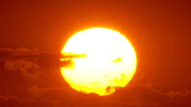 Sunrise Close-up Timelapse, Big Sun video