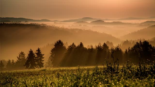 CRANE UP: Sunrise Misty Mountains video