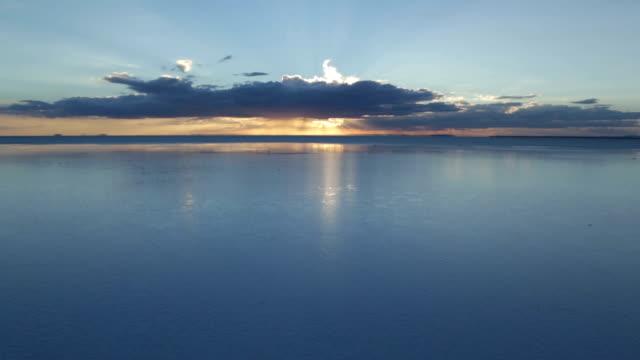 vidéos et rushes de lever du soleil à salt lake city - lac salé
