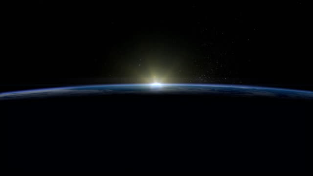 vídeos de stock, filmes e b-roll de nascer do sol sobre a terra. a terra gira lentamente. atmosfera realista. volumétricas nuvens. vista do espaço. céu estrelado. 4k. - horizonte