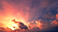 istock Sunset and Cloudscape Moving 483118065