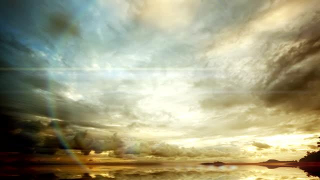 закат и отражения - спокойная вода стоковые видео и кадры b-roll