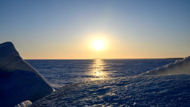 Sunset. Around the ice floes and winter. video