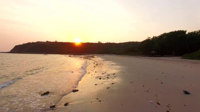 sunset at beach - alabama filmów i materiałów b-roll
