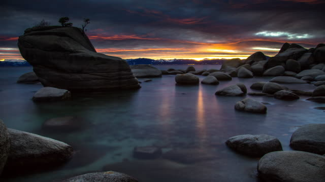 Sunset at Bonsai Rock, Lake Tahoe - Time Lapse video