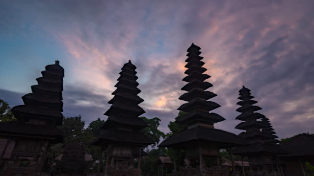 Sunset at Hindu temple (The Taman Ayun) of Mengwi Bali,Indonesia. – Video