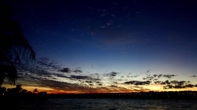 Pôr do sol em Lake Paranoa - vídeo