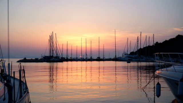 Sonnenuntergang am marine – Video