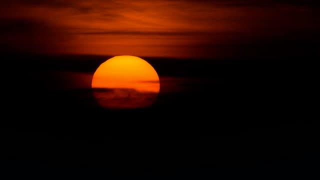 sunset closeup time lapse - summer background filmów i materiałów b-roll