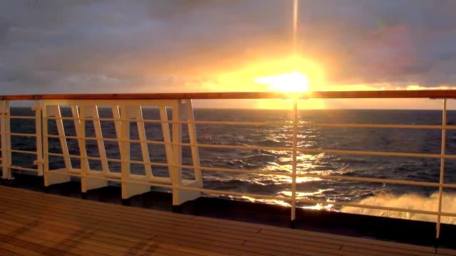 sunset in chilean fjord - parapetto barriera video stock e b–roll
