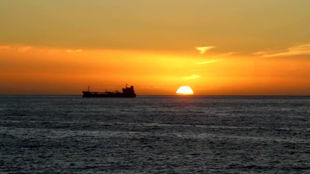 sunset ship video