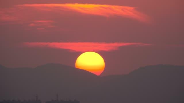 sunset sky, Big sun video