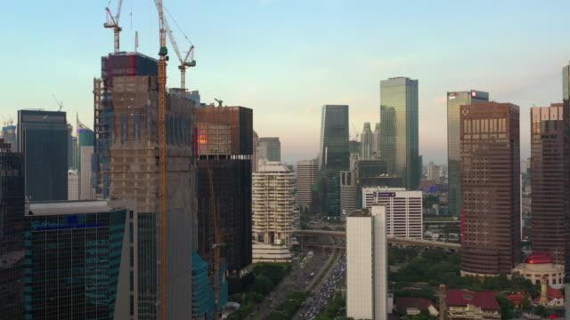 Sonnenuntergang Zeit jakarta Stadtzentrum Verkehr Straße Straße Panorama 4k indonesien – Video