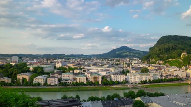 solnedgång salzburg city mountain top panorama 4k timelapse österrike - videor med salzburg bildbanksvideor och videomaterial från bakom kulisserna