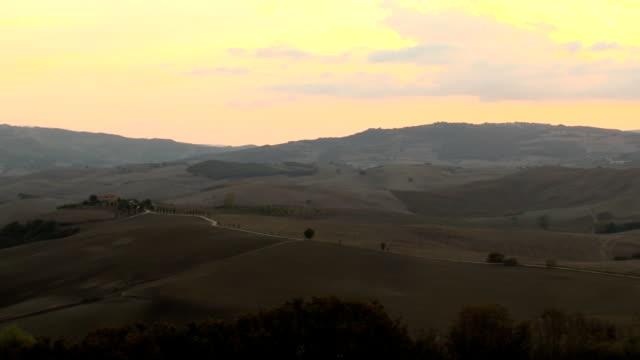 Sunset Tuscany pan video