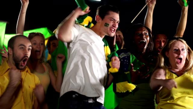 Super câmera lenta HD-Brasil, os fãs de esportes (Jogos Olímpicos 2016) - vídeo