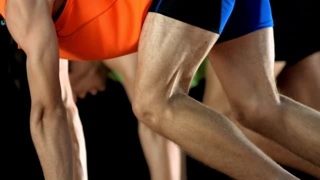 hd 超スローモーション: ランナーはオフ - 陸上競技点の映像素材/bロール