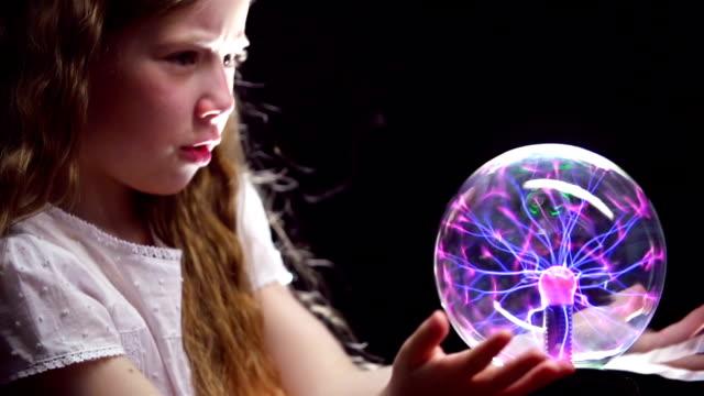 vidéos et rushes de supernatural compétences - charmeur
