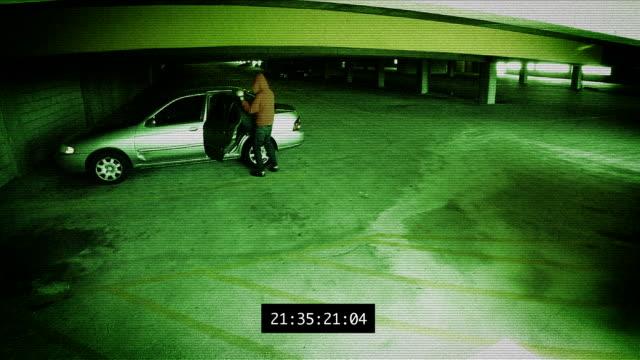 vídeos de stock e filmes b-roll de vigilância-silo automóvel roubo - ladrão